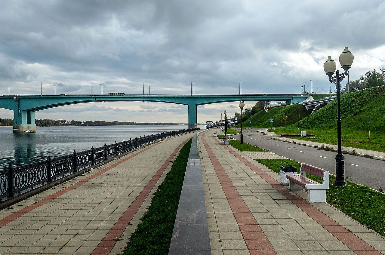 Нижний уровень Волжской набережной