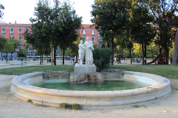 Фонтаны в городском парке, Неаполь