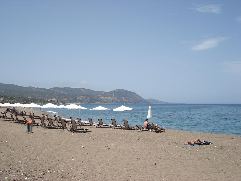 Пляж Лачи, Кипр