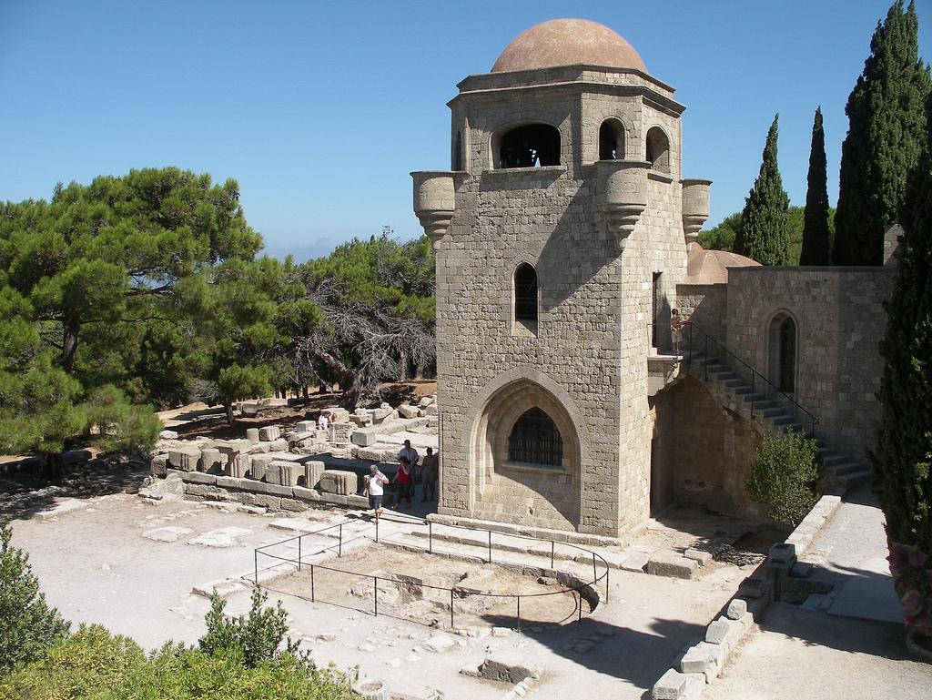 Гора Филеримос, монастырь