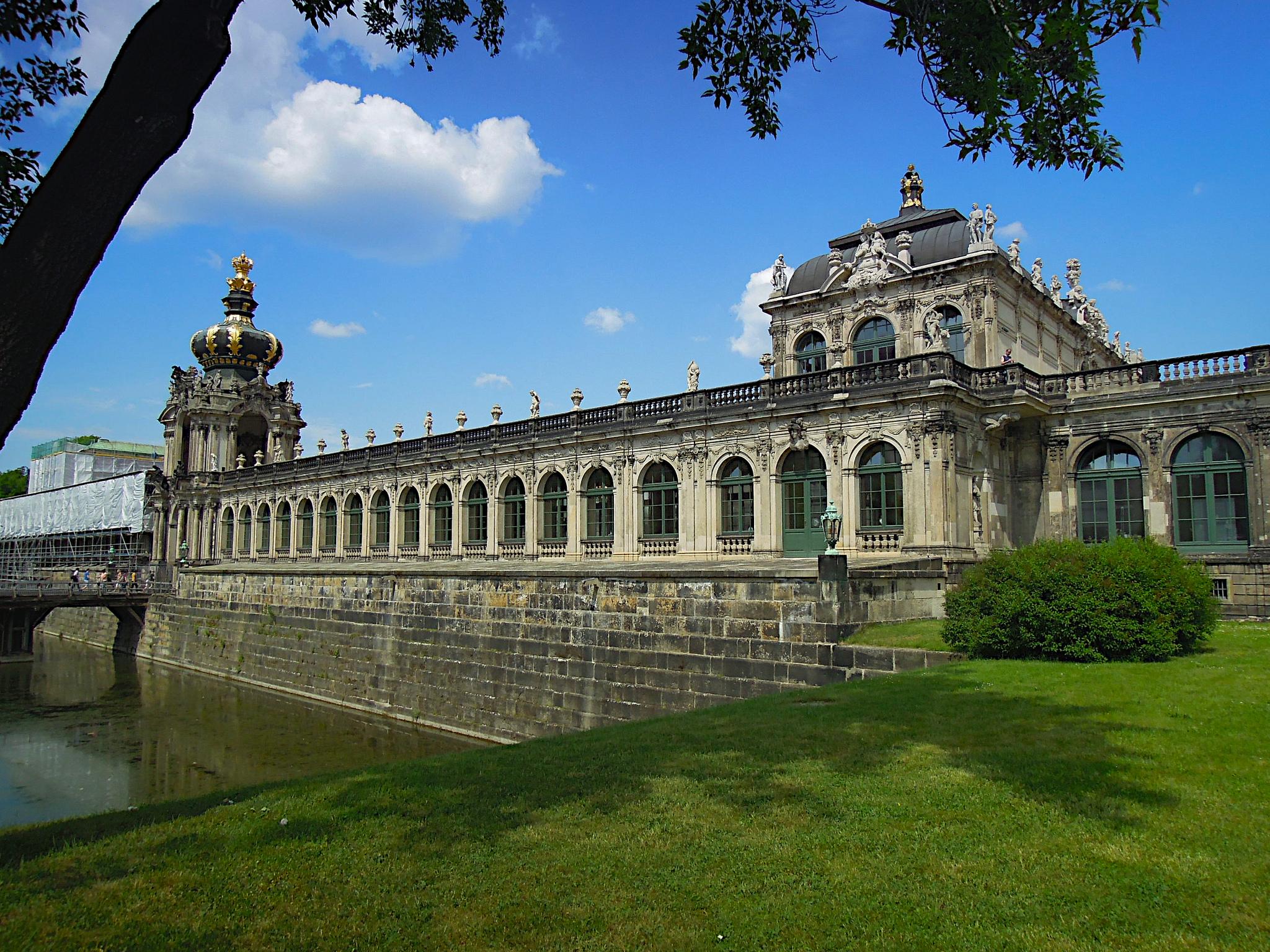 Дрезденская картинная галерея, Цвингер