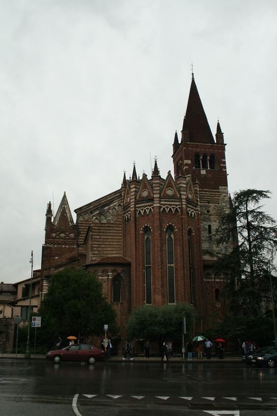 Собор в Вероне, Италия