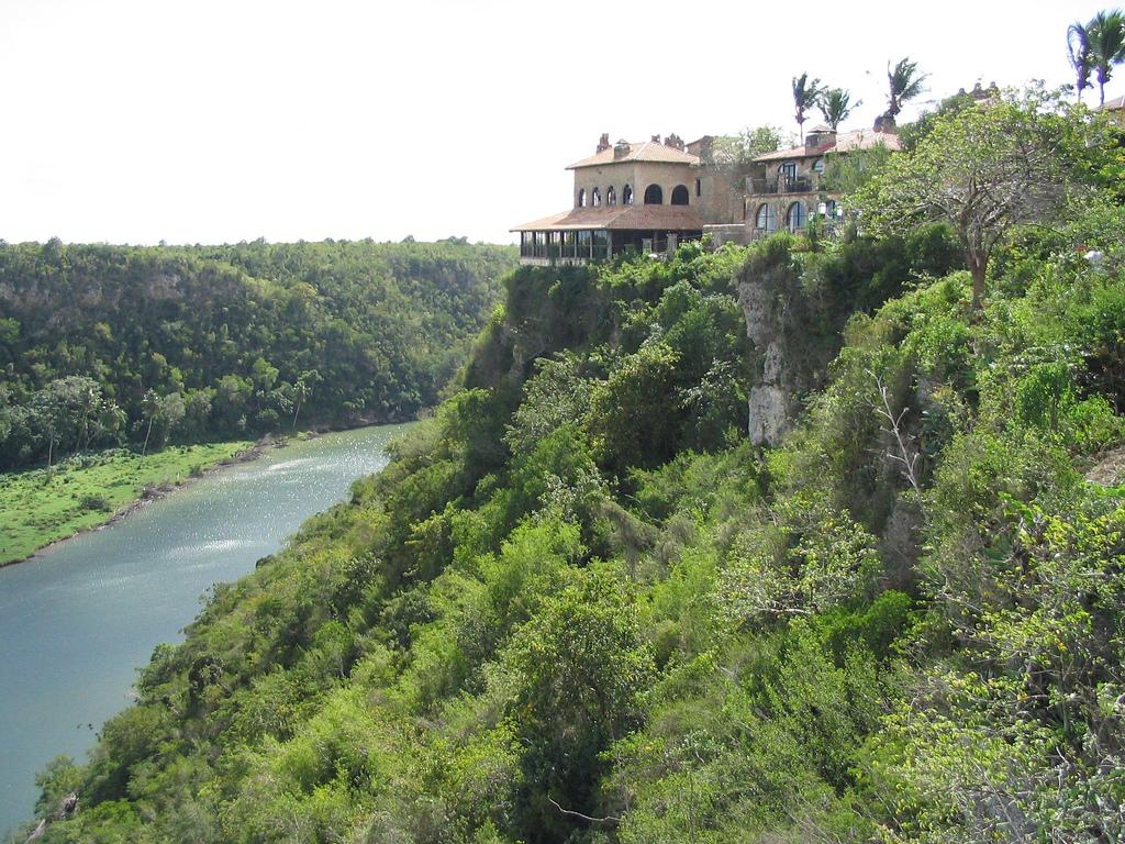 Альтос-де-Чавон, Доминиканская Республика
