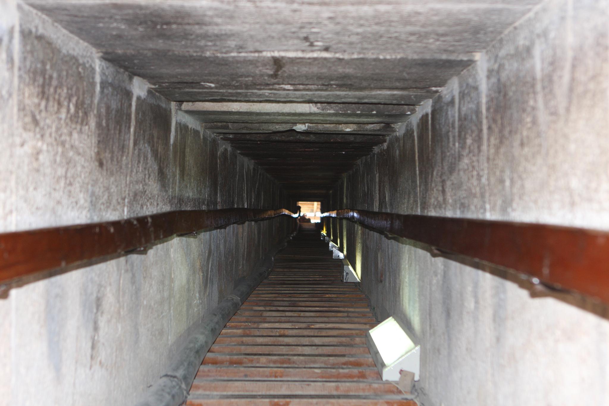 Вход в Розовую пирамиду, Дахшур