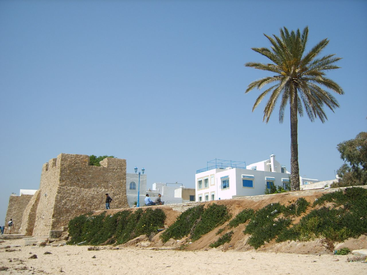 Пляж Хаммамета, старый форт