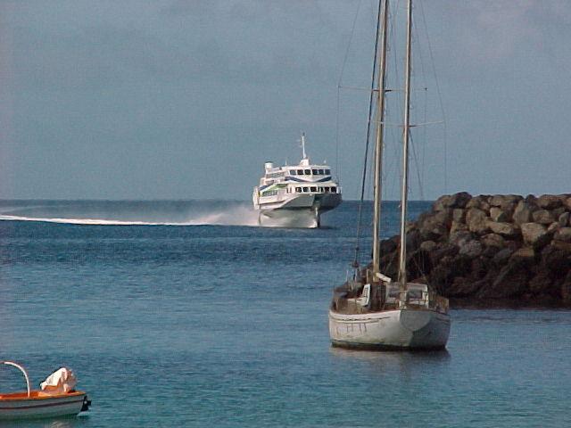 Вход в порт Morro Jable, Фуэртевентура.jpg