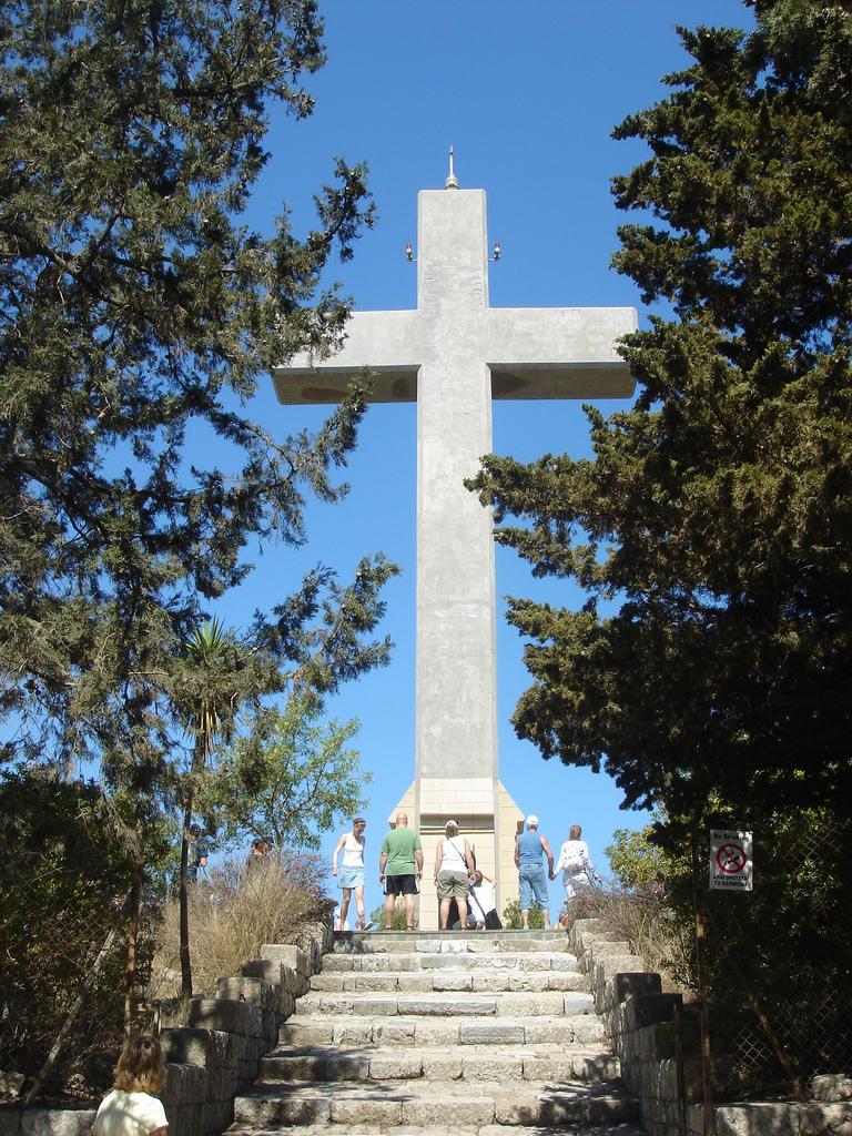 Гора Филеримос, смотровая площадка около креста