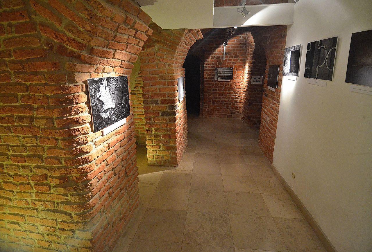 Исторический музей Варшавы, экспозиция в подвале
