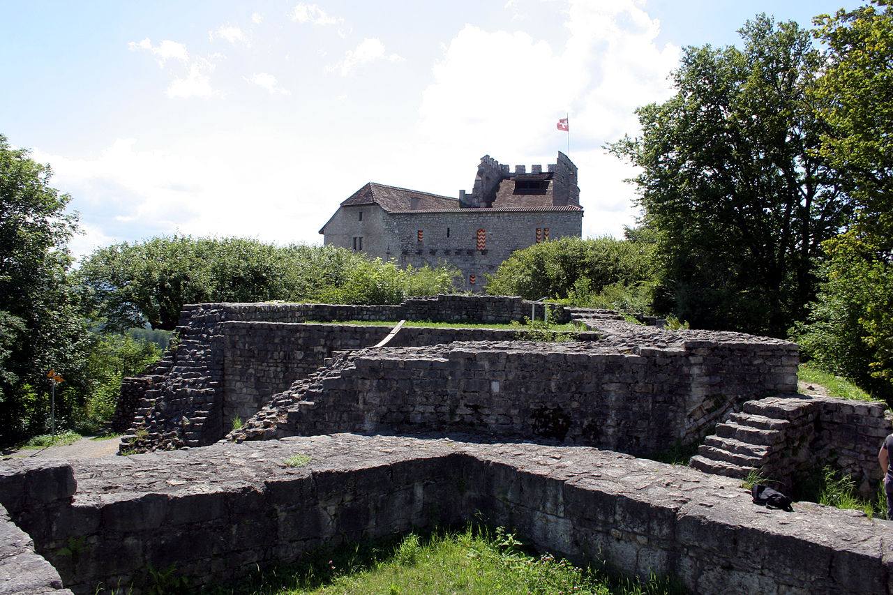 Руины замка Габсбург