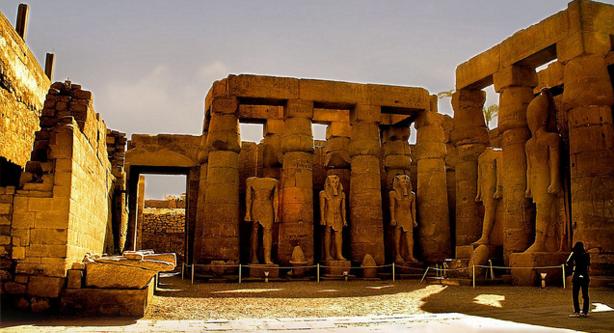 фото карнакский храм египет