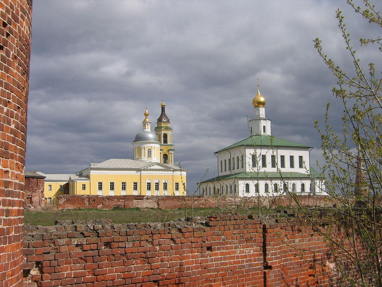 Вид на Богоявленский Старо-Голутвин монастырь в Коломне