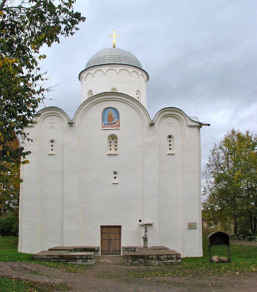 Староладожский Успенский монастырь, вход
