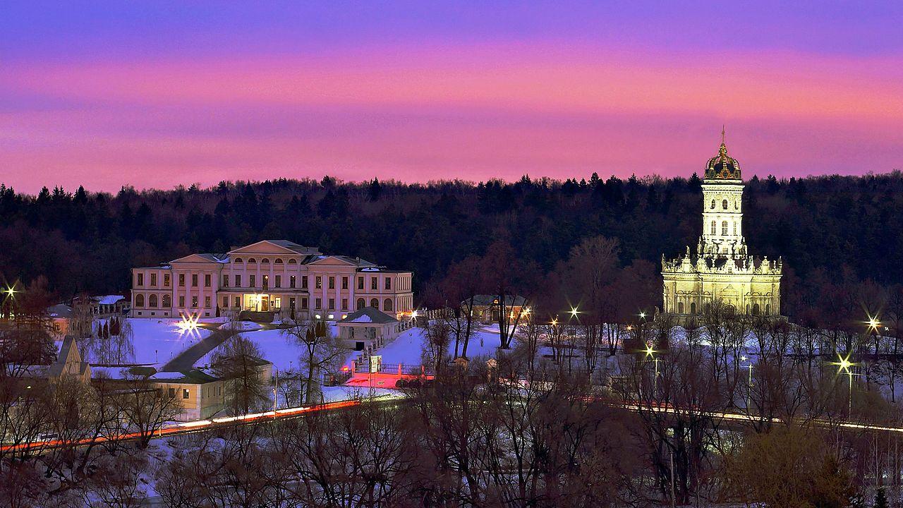 Усадьба Дубровицы со Знаменской церковью