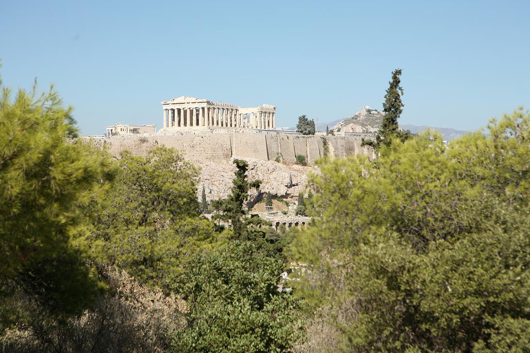 Панорама древнего Акрополя в Афинах