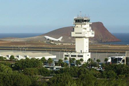 Аэропорт Тенерифе Южный.jpg