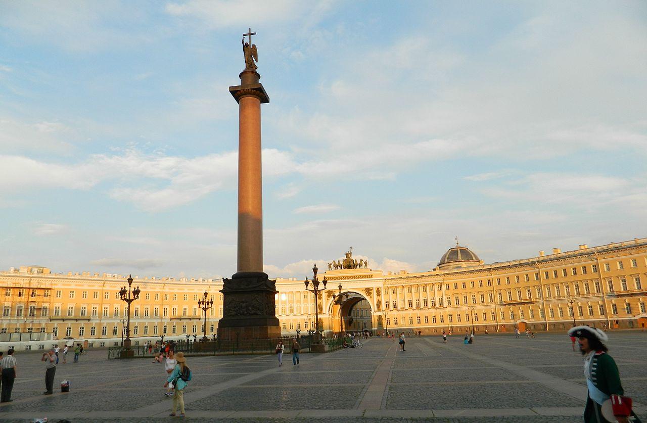 Дворцовая площадь в Петербурге, панорама