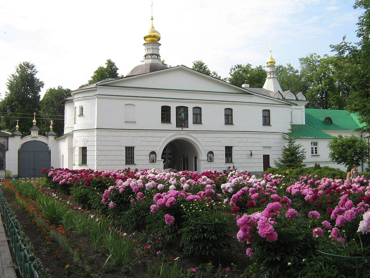 Борисо-Глебский монастырь, Надвратная церковь святителя Николая