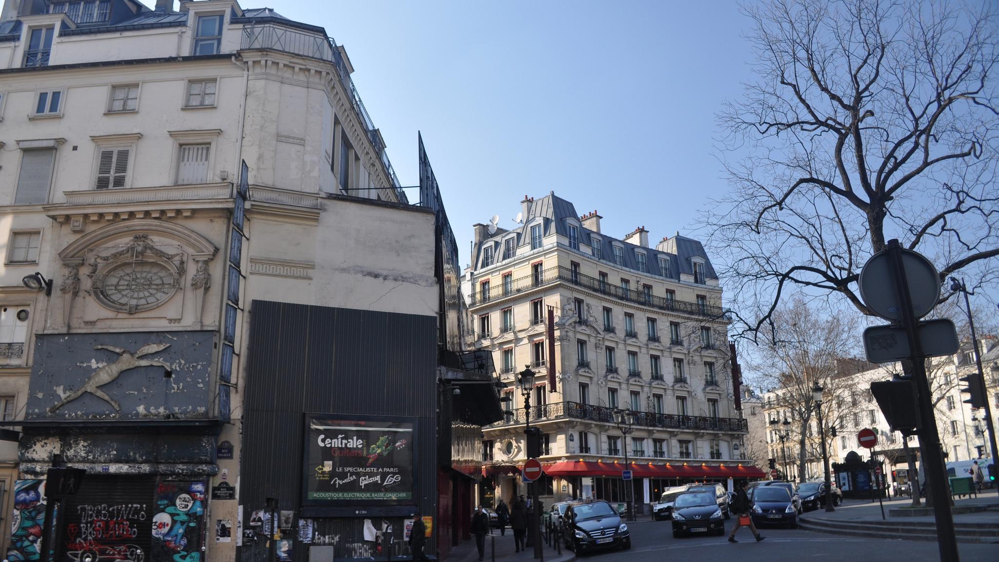 Площадь Пигаль, Париж