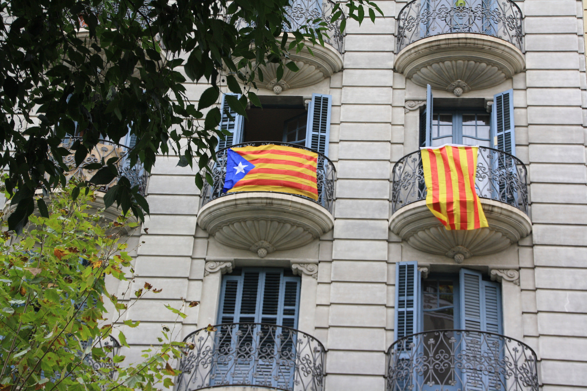 Балконы Эшампле, Барселона
