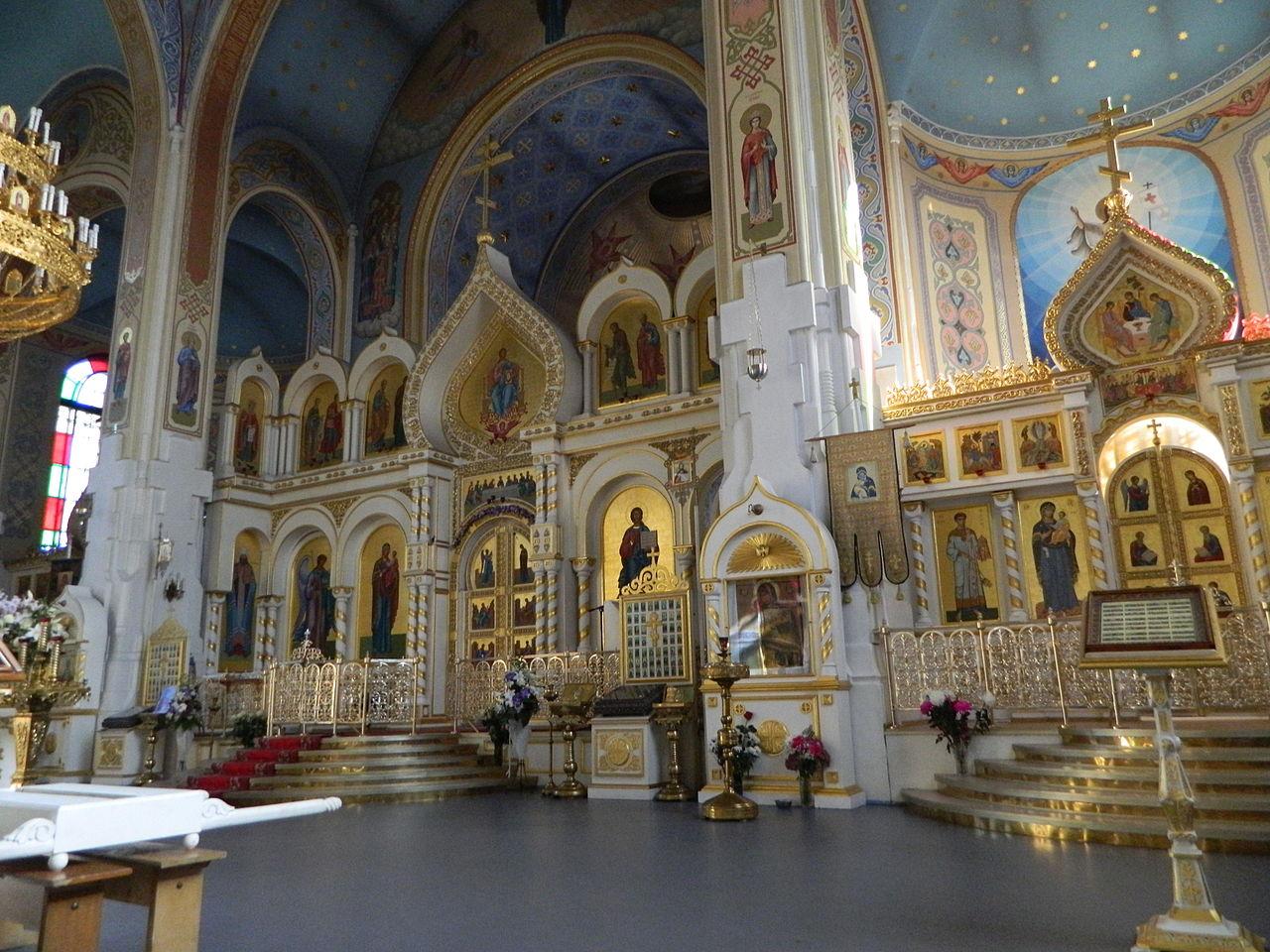Покровский собор в Гатчине, интерьер
