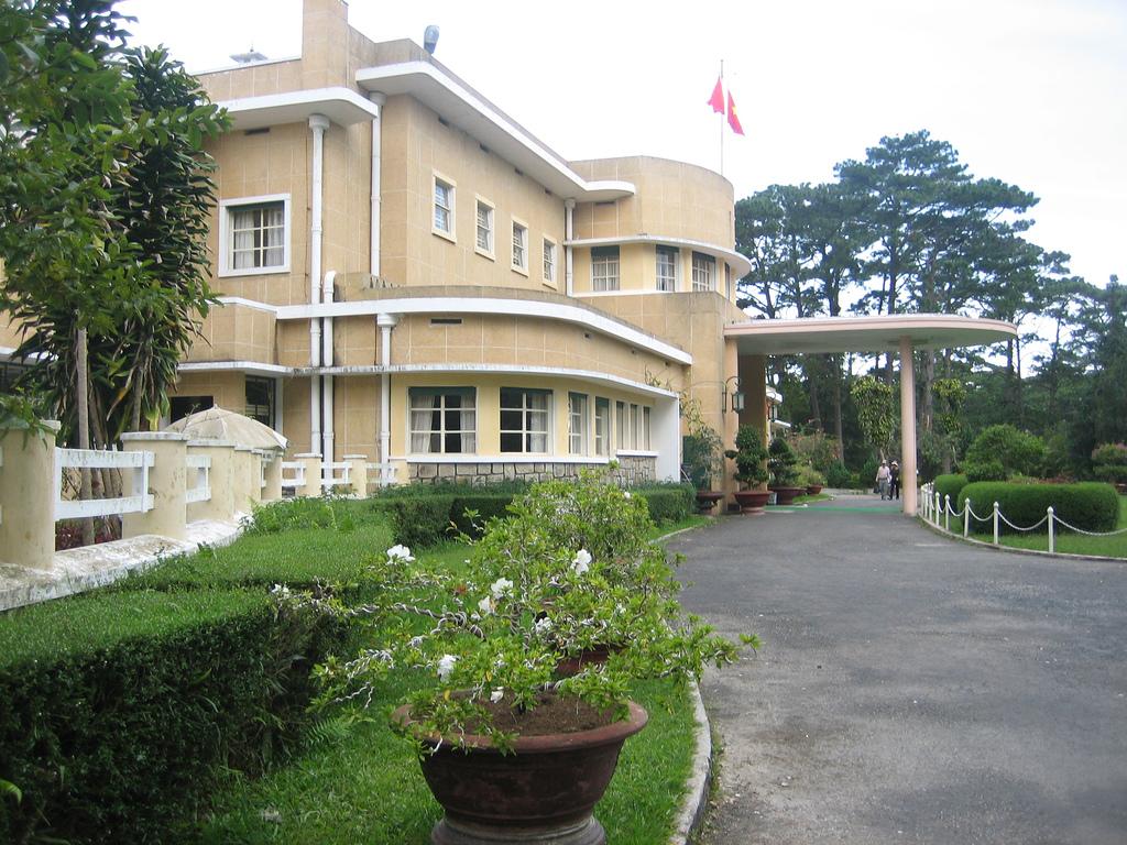 Виллы Бао Дая, Летний дворец
