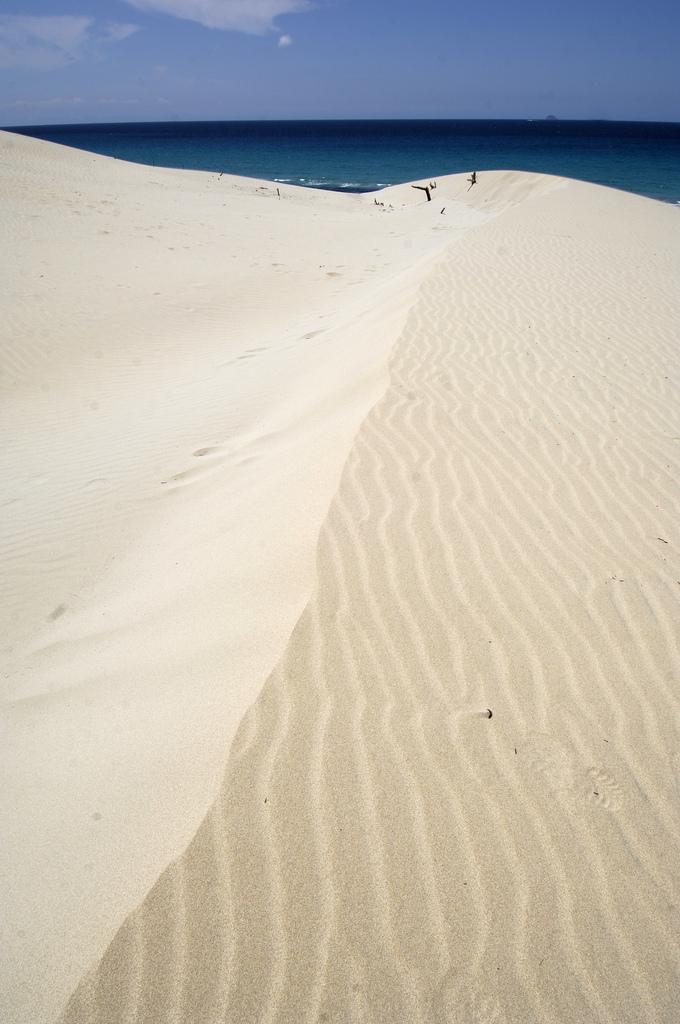 Пляжи Порто Пино, Сардиния.jpg
