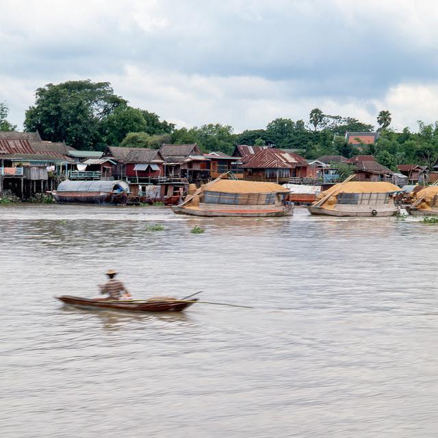 20 завораживающих фото, рассказывающих о жизни Таиланда в 70 R.jpg