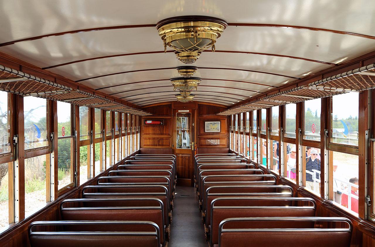 Исторический поезд Пальма-де-Майорка — Сольер