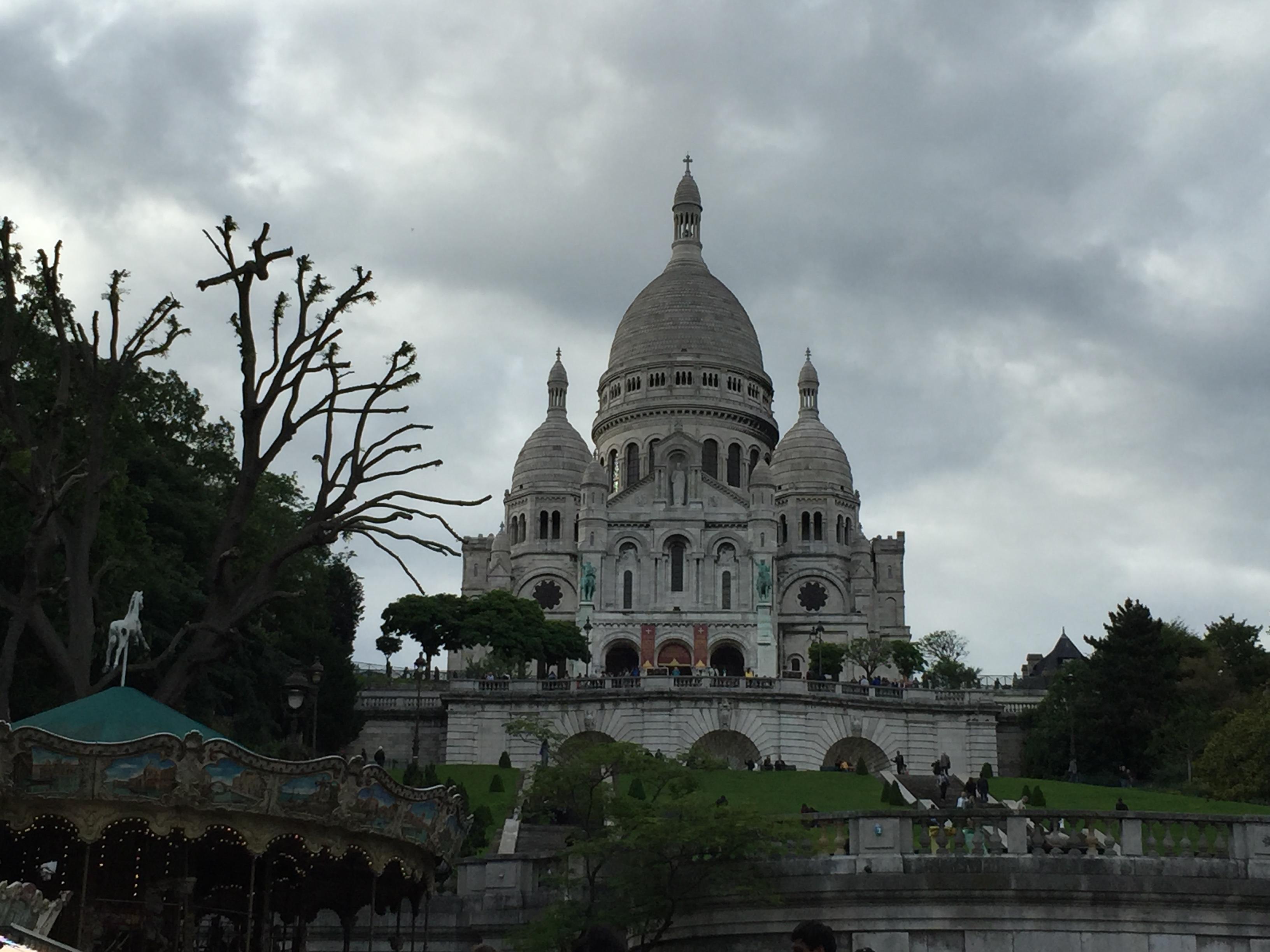 Базилика Сакре-Кёр — один из главных храмов Франции