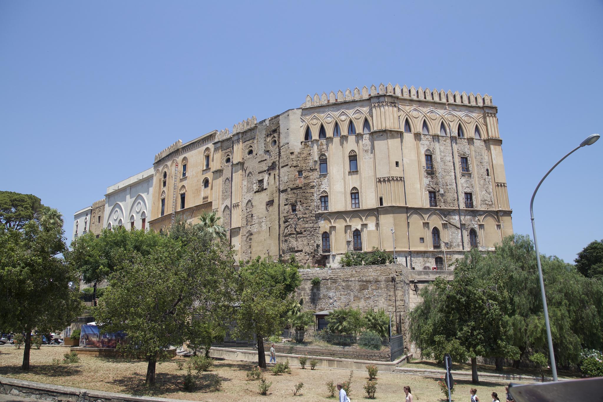 Палаццо-Норманни (Норманнский дворец) в Палермо