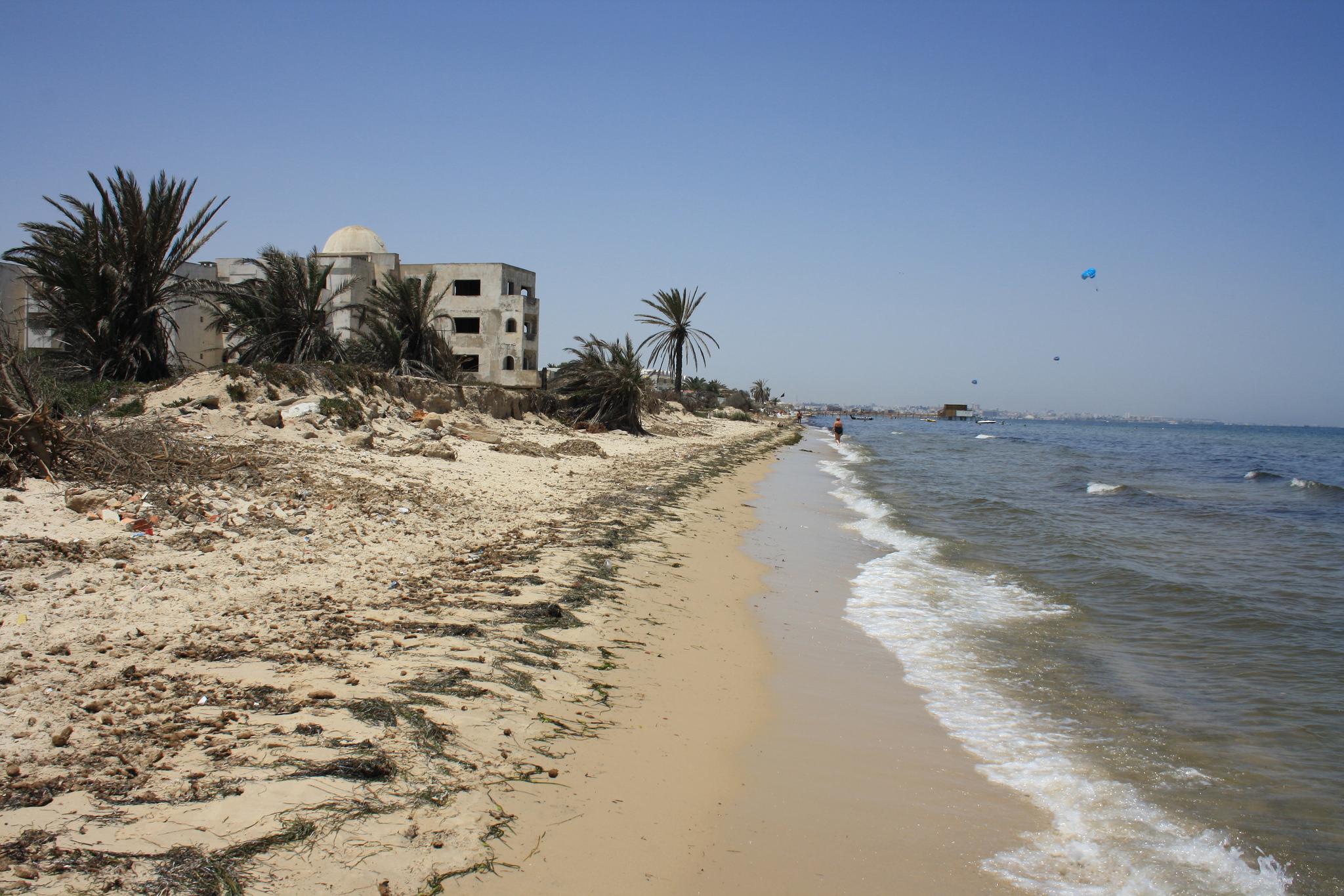 Пляж на тунисском курорте Монастир