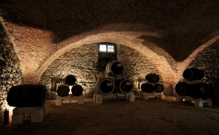 Винный подвал в Старой Сарепте