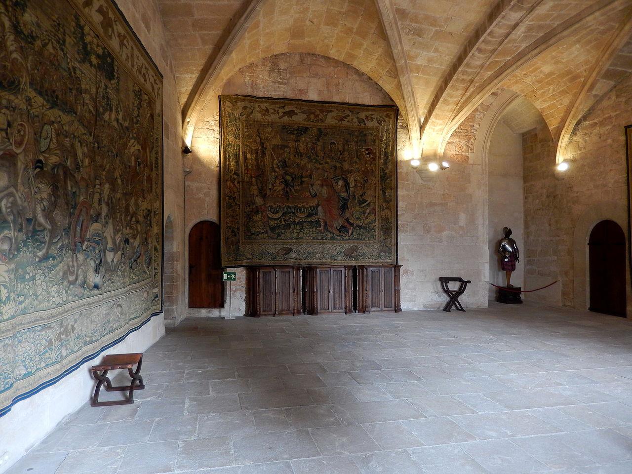 Дворец Альмудайна, гобелены