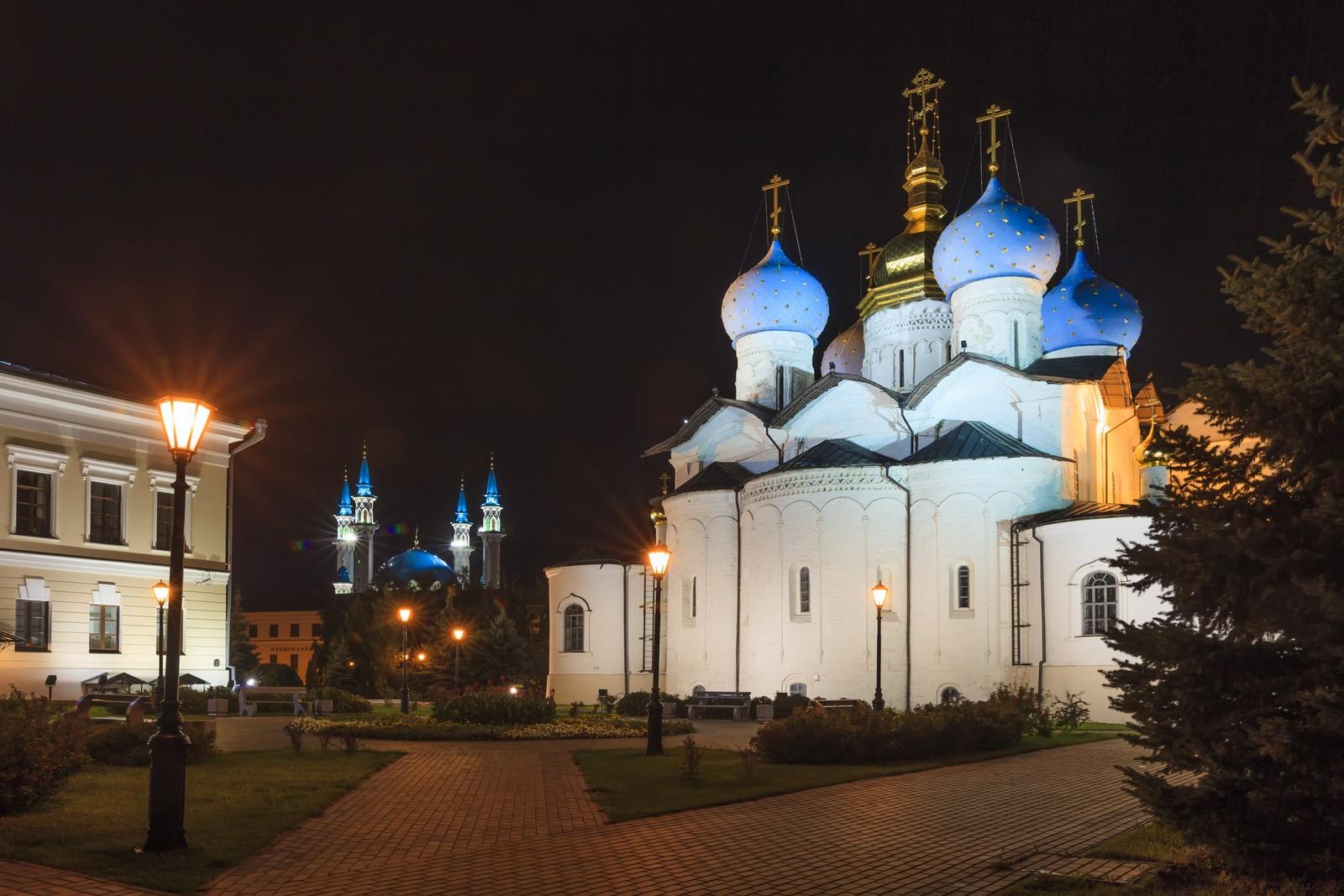 Благовещенский собор Казанского кремля, вечер