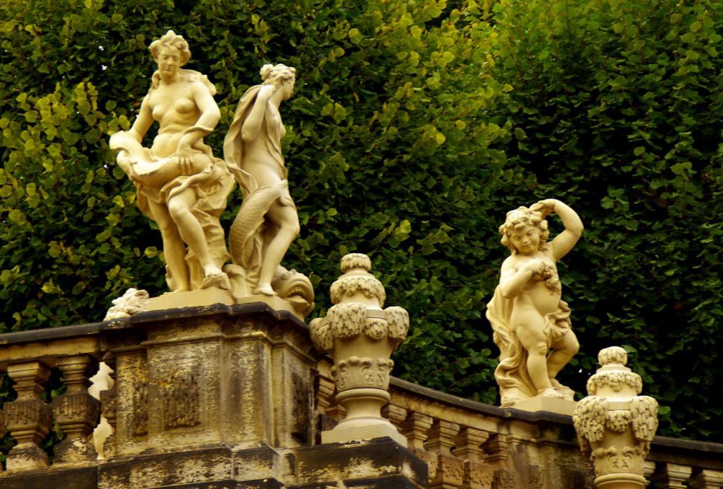Сад дворцового комплекса Цвингер