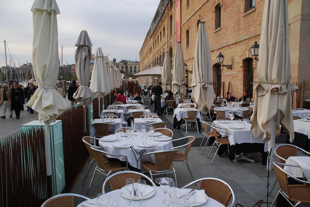 Барселонета, уличный ресторанчик