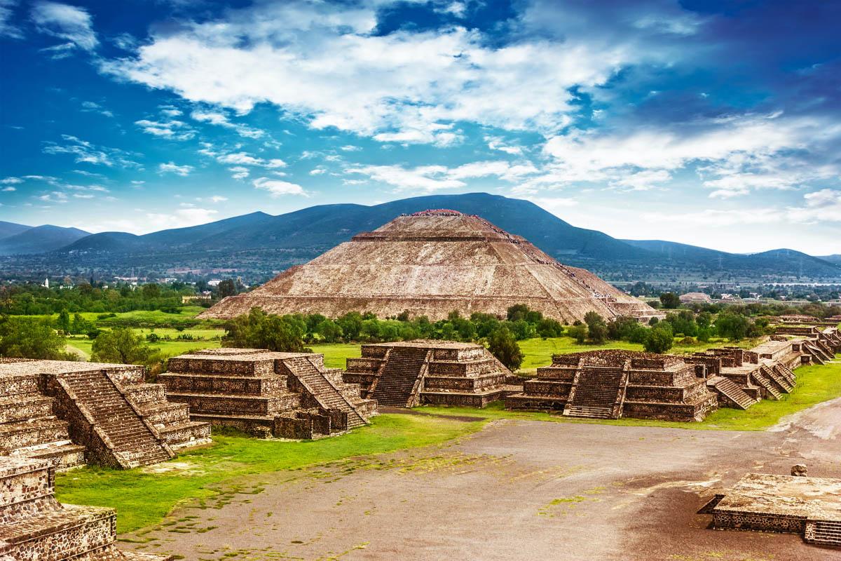Пирамиды Луны и Солнца, Теотиуакан