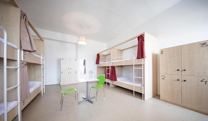 5 симпатичных и недорогих отелей в Праге Post Hostel Prague 4.jpg