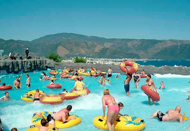 Развлечения в аквапарке Мармариса