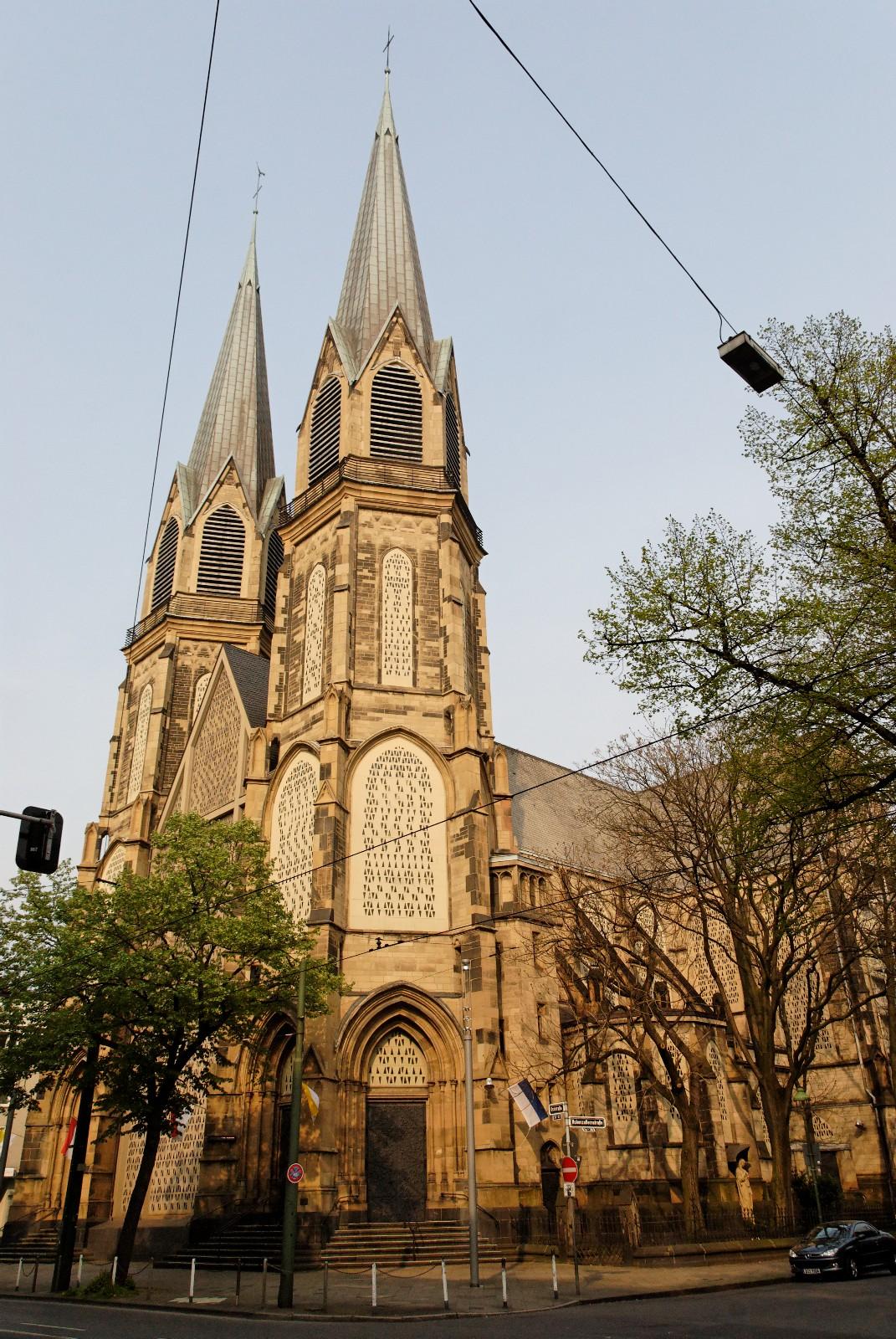 Церковь Непорочного Зачатия Девы Марии в Дюссельдорфе