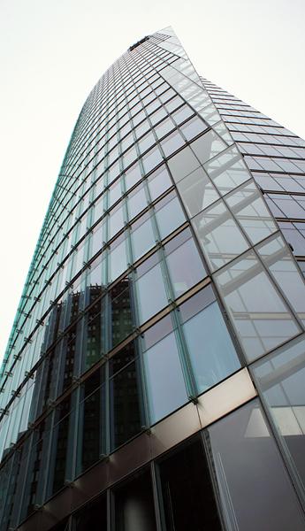 Берлин из стекла и бетона.jpg