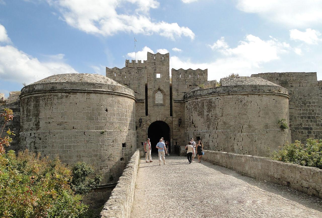 Родосская крепость, один из входов в Старый город