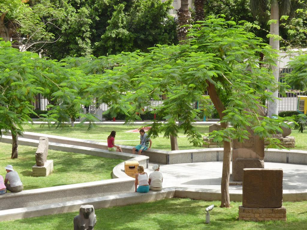 Египетский музей в Каире, парк