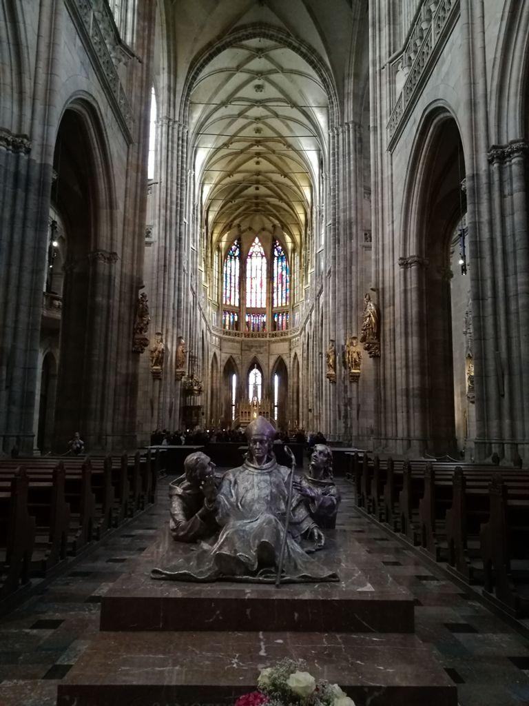 Внутреннее убранство Собора Святого Вита в Праге