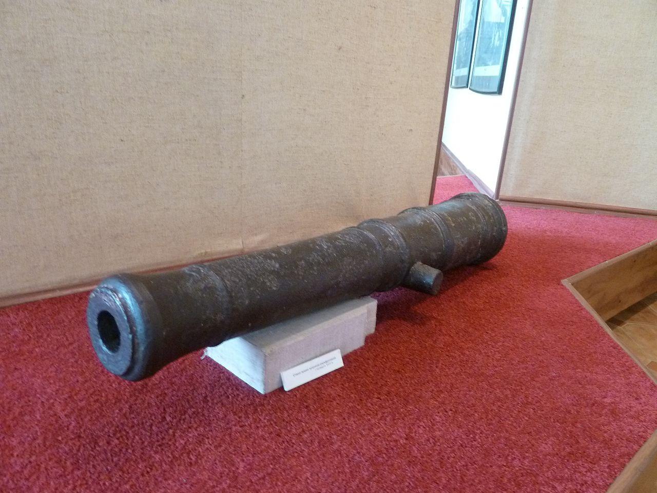 Орловский военно-исторический музей, ствол пушки XVIII века