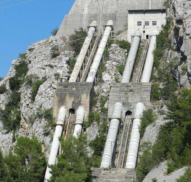 А это один из элементов хорватской электростанции, Хорватия