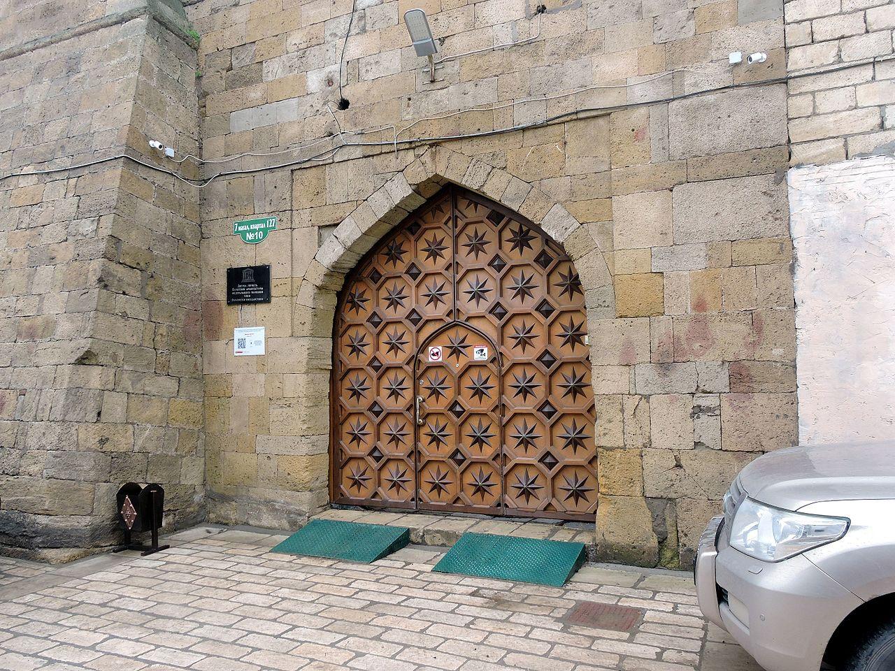 Джума-мечеть в Дербенте, ворота