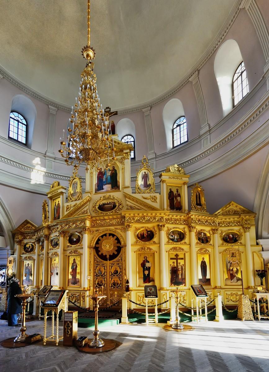 Казанский Богородицкий монастырь, иконостас