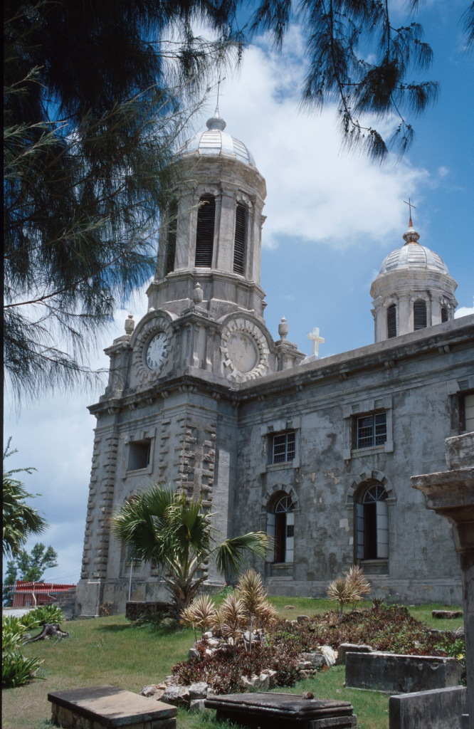 Собор Святого Джонса в Антигуа и Барбуде.jpg
