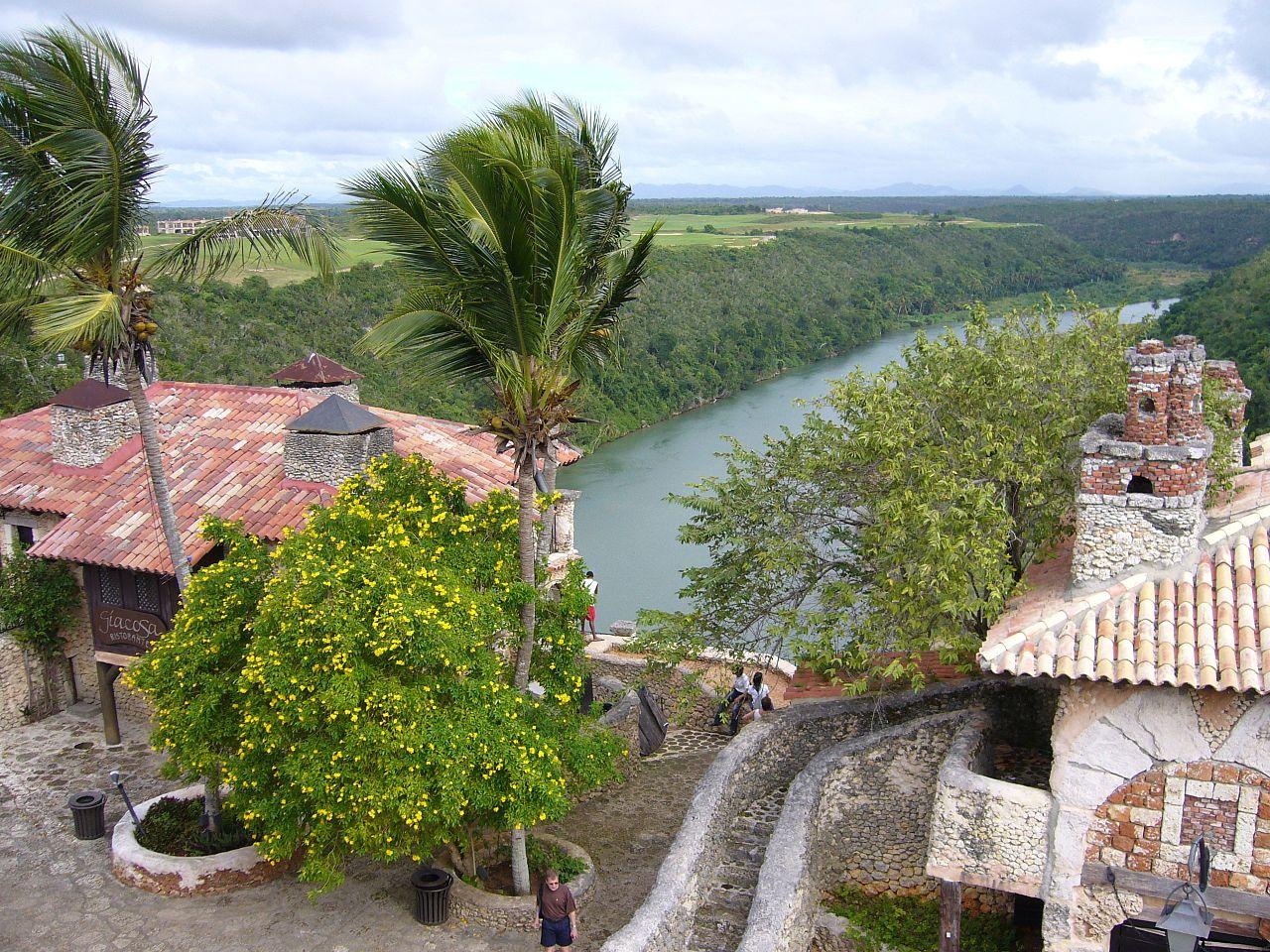 Альтос-де-Чавон, река Чавон